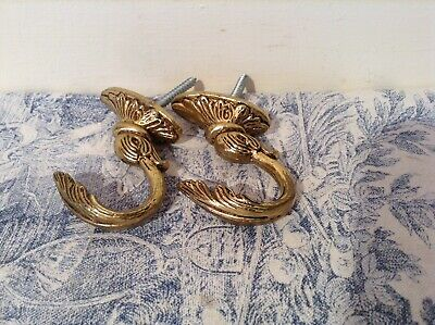 Pair Vintage French Curtain Tie Backs / Hooks - Acanthus (4119)