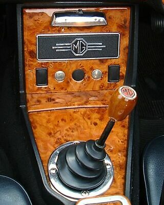 Mgb & Gt 1970 - 1974 Walnut Console & 62-69 Toggle Dash