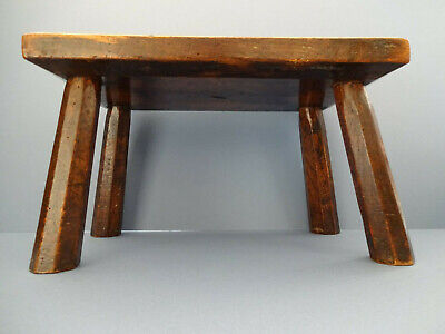MID TO LATE 19th c ENGLISH ANTIQUE FARMHOUSE WOODEN OAK STOOL, c 1850-80.