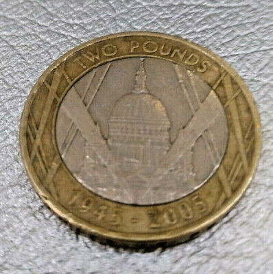 £2 pound coin. St Pauls Cathedral. RARE 1945 - 2005. With front minting error