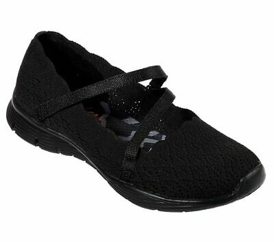 SKECHERS WOMEN'S SEAGER STRIKE Out Scalloped Engineered Knit