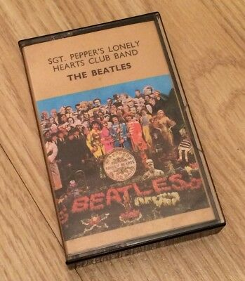 The Beatles Sgt. Pepper's Lonely Hearts Club Band Gold Top 1967 Emi Cassette