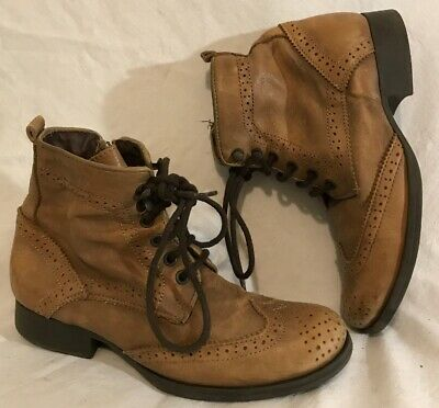 Girls River Island Brown Leather Lovely Boots Size 2 (145Q)