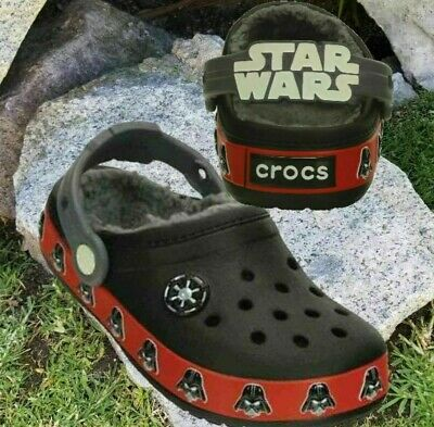NWT CROCS STAR WARS Darth Vader Glow In The Dark Lined Clogs Toddler Boys Sz 6-7