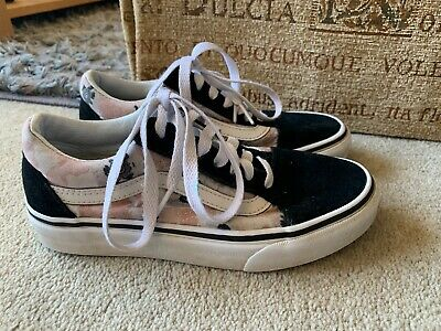 Vans Ladies Girls Lace Up Skate Shoe Trainers Uk Size 2.5