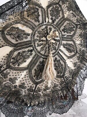 ANTIQUE Victorian BLACK LACE & SILK Parasol Umbrella Civil War Carved BONE HANDL