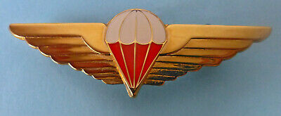 CISKEI AIRBORNE FREEFALL METAL RED GOLD colour AFRICA PARACHUTE PARA JUMP WINGS