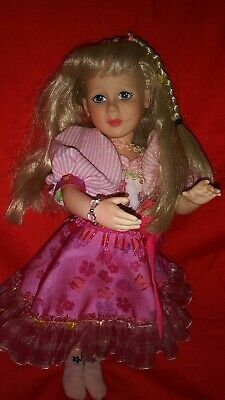 Robin woods faith and friends doll  with clothes ( SEE PHOTOS )