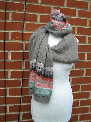Boden fairisle hat scarf set wool mohair grey pink adult unworn