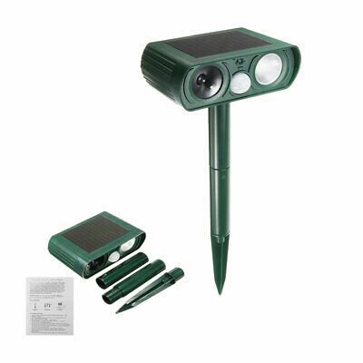 Insect Repellent In The Yard Of Solar Animal Mosquito Repellent PIR Sensor