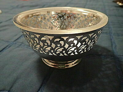 Vintage Wm. Rogers & Sons Pierce Revere Bowl with liner Silver Plate