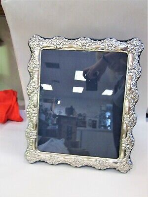 Carr's of Sheffield Large Antique Style Sterling Silver Picture Frame