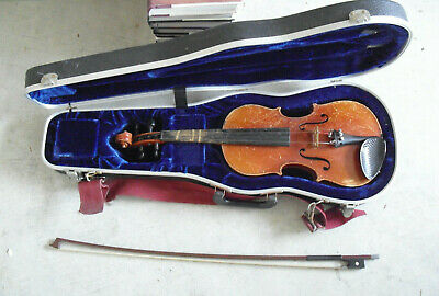 Vintage Antonius Stradivarius Czecho-Slovakia Violin w Glasser Bow and Case