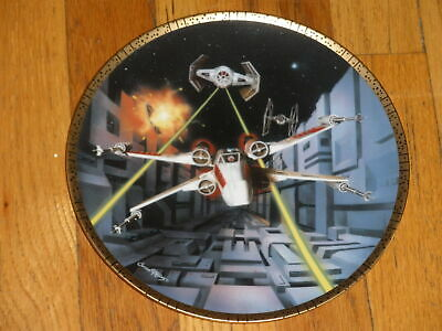 The Hamilton Collection Star Wars Space Vehicles Plate X-Wing