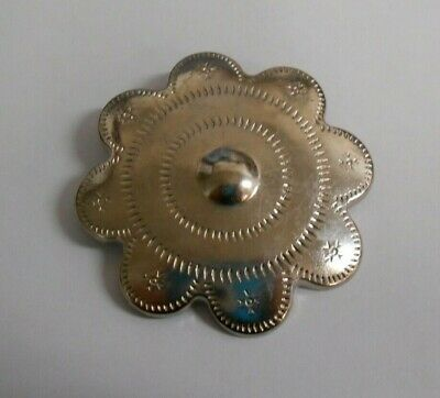 40 Nickel Flower Fittings. Ideal for Dressmaking, Leathercrafts etc.