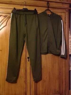 Girls Unbranded Track Suit Size M  Aged About 13+