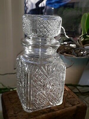 Vintage glass Square decanter with stopper Whiskey/Sherry Star pattern RARE