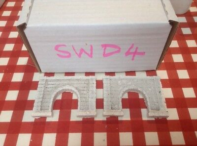 2x single tunnel  -Z scale gauge-painted and weathered- Pale concrete Type