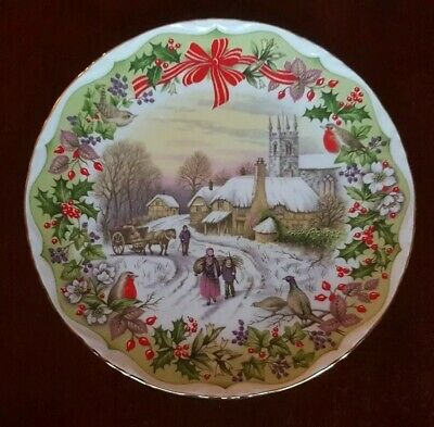 Royal Albert GATHERING WINTER FUEL Christmas Cabinet Plate. Artwork F. F. Errill