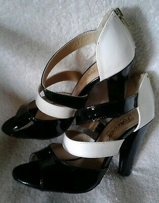 Avon Forever Selected Hollywood Glam Sparkle Heels Metallic Gold Size 6 NEW