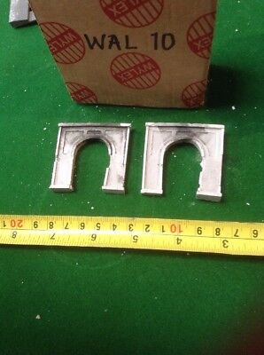 2x single Track tunnel  - Z scale gauge- painted and Sooted concrete Type