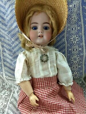 Antique German Doll Simon Halbig Mold 1079 Early Doll sleep blue eyes Superb 18