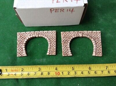 2 X Twin Track Z Scale Tunnel Portals, Painted , Pre Coloured