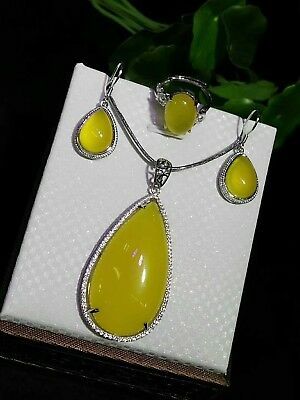 Pretty Natural Yellow Three-piece Jade Hand-carved Lucky Agate Pendant AAA++