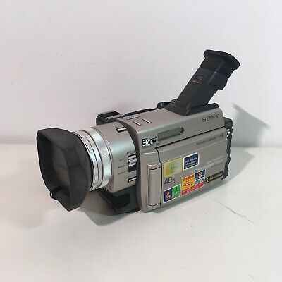 SONY  DCR TRV 900 PAL With Accessories
