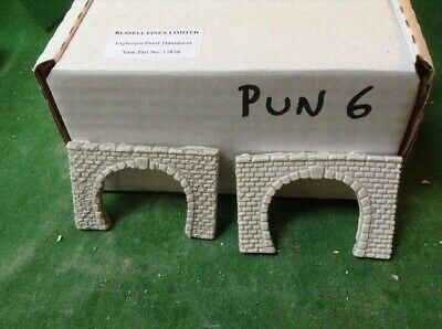 2 X Twin Track Z Scale Tunnel Portals, Painted , Pre Coloured, Light Grey