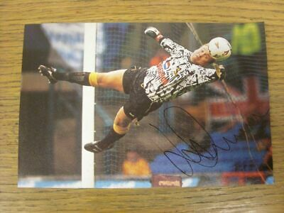 1987-2004 Autograph: Sheffield Wednesday - Kevin Pressman [Approx 7x5 Inch Colou