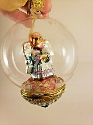 2005 Thomas Pacconi Classics Christmas Ornament Collection Replacement Diorama