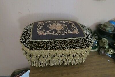 "Vintage Handmade Needlepoint Wood Frame Leg Footstool Bench Stool 12"" X 18"" x 7"""