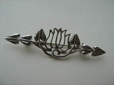 Lovely Unusual  Carrick Scottish Silver Mackintosh Art Nouveau Brooch  Boxed