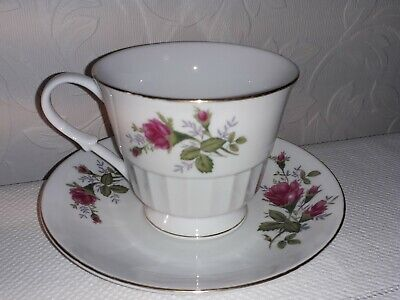 Pretty Vintage Cup & Saucer Duo With Rose Pattern.Gilt edge Made In China
