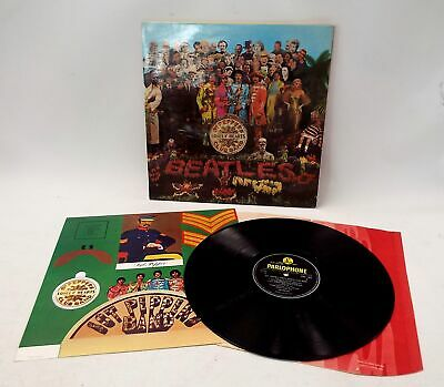 THE BEATLES 'Sgt Pepper's Lonely Hearts Club Band' Vinyl LP + Inners - R27