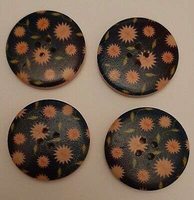 BU1076 10 Large Wooden Round 30mm Psychedelic Black /& White Chequered Buttons