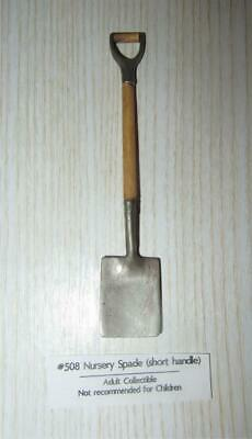Miniature Dollhouse 1:12 Scale Nursery Spade Shovel - 508