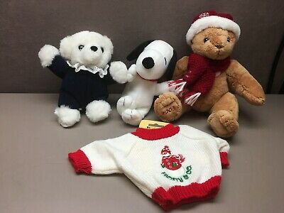 Lot of 3 Plush Animals Christmas Squeaky Snoopy Bears Sweater