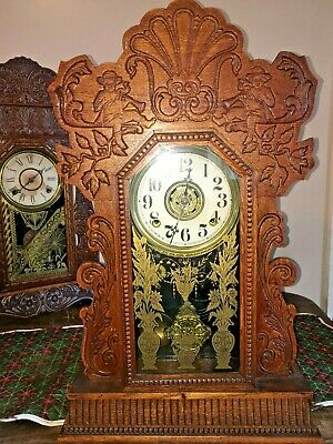 Antique New Haven Gingerbread / Kitchen / Parlor Mantle Clock  WORKING CONDITION