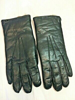 VINTAGE WOMENS BLACK Imported LEATHER GLOVES Real Fur Lined size Medium Nice!