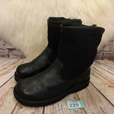 Junior UGG Australia Classic Short Pull On Ankle Winter Boots UK 4 EUR 35 US 5