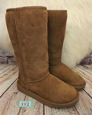 Girls UGG Australia Tan Classic Tall Sheepskin Boots UK 2 EUR 33 - Model 5229
