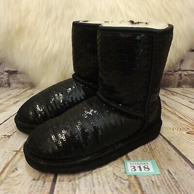Junior UGG Australia Black Classic Short Sparkles Boots UK 1 Kids EUR 32