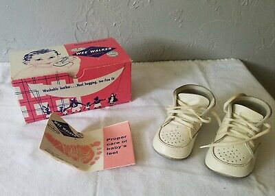 1960s Wee Walker White Crib Shoe Size 1 Child Baby Shoes in Box