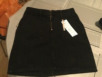 Girls New Look 915 Generation Black Denim Skirt (Size: 13 Years / 158cm). BNWT