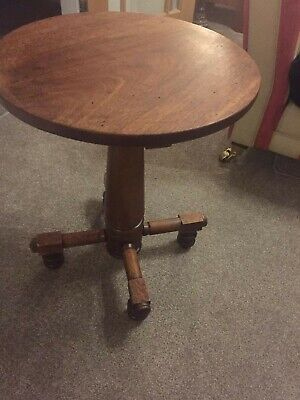 antique,vintage,arts and crafts lamp side table