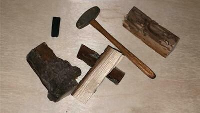Miniature Dollhouse 1:12 Scale Log Splitting Set - 788