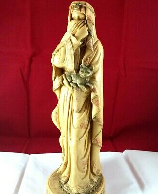 Vintage Oriental Woman Statue Sculpture Carved Figurine holding Cat Home Decor