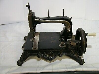 Vintage Cast Iron Grover And Baker #9 Hand Crank Sewing Machine